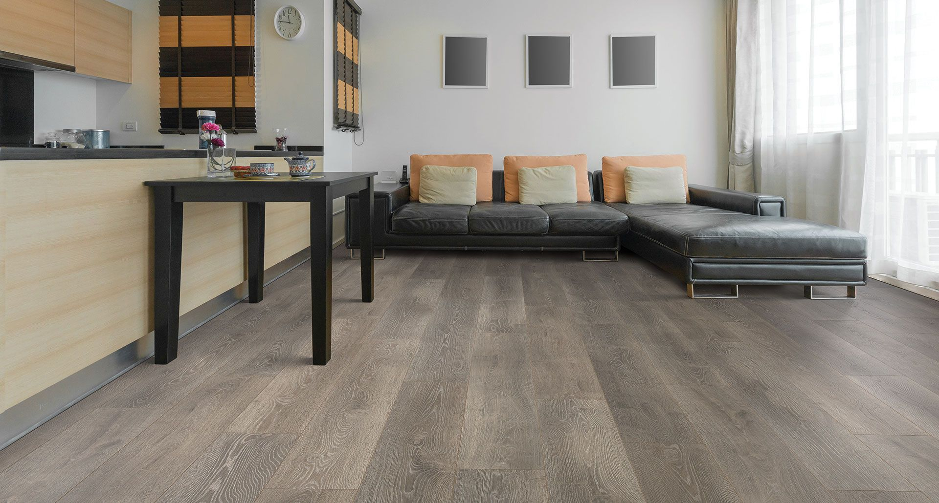 Innovative Pergo Timbercraft Laminate Flooring With A Series Of Unique Features That Create An Authentic Hardwood Look As Well Make It Durable And Easy