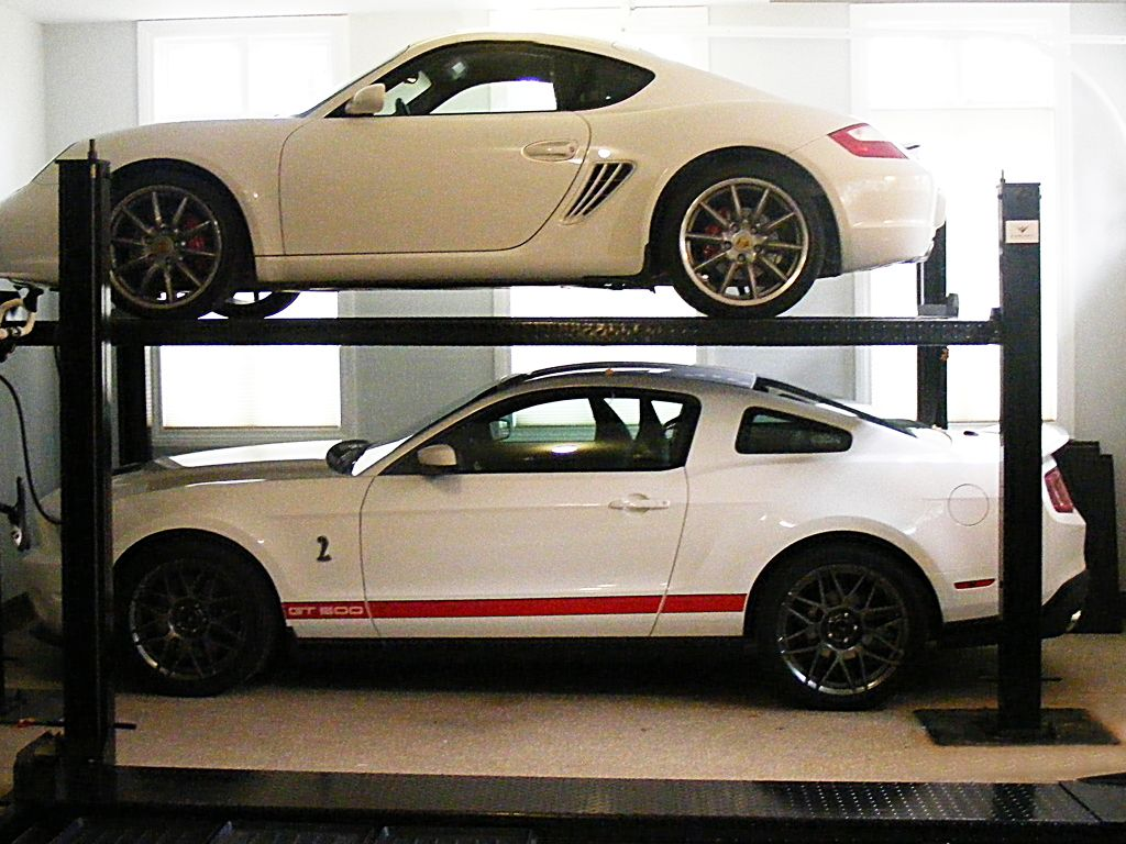 Garage Storage Auto Car Lift 4 Post For Storing Prized Racers