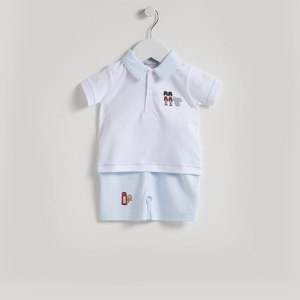 A lovely Bermuda short set for baby boy by Kissy Kissy. Made from 100% Peruvian pima cotton for softness & comfort. Has blue stripes and a cute embroidered queens guard motif. White collar. It's perfect for special occasions. Complete baby's look with matching items from Kissy Kissy's Sightseeing London range.