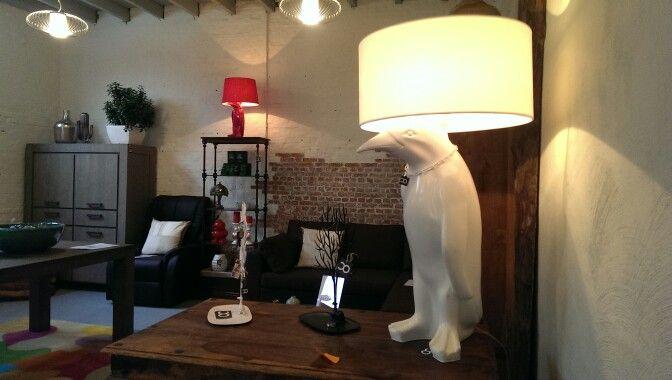 #pinglight #design #verlichting #lamp #grote #tafellamp #creativeopen #interieur #atelier #tilburg #wilhelminapark #woonwinkel #interieurwinkel #meubelwinkel
