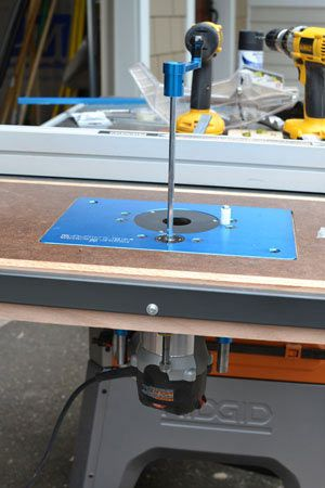 Crank and guide bushing projects pinterest router table learn how to build your own extension table saw wing and have it double as a router table it works perfect for the small shop keyboard keysfo Gallery