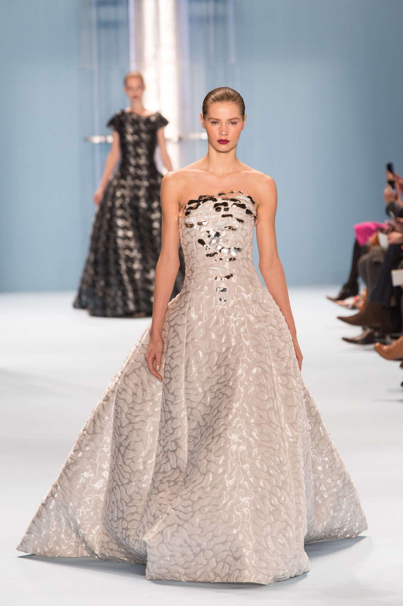 Carolina Herrera   Платья, Модный показ, Модные стили