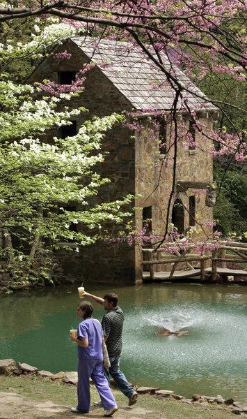 Five free things to do in Little Rock Fall Bucket list
