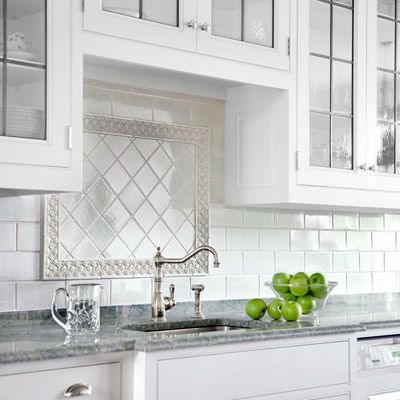 Kitchen With All White Subway Backsplash Border Of Fl Tile Surrounding Square In Diamond Pattern
