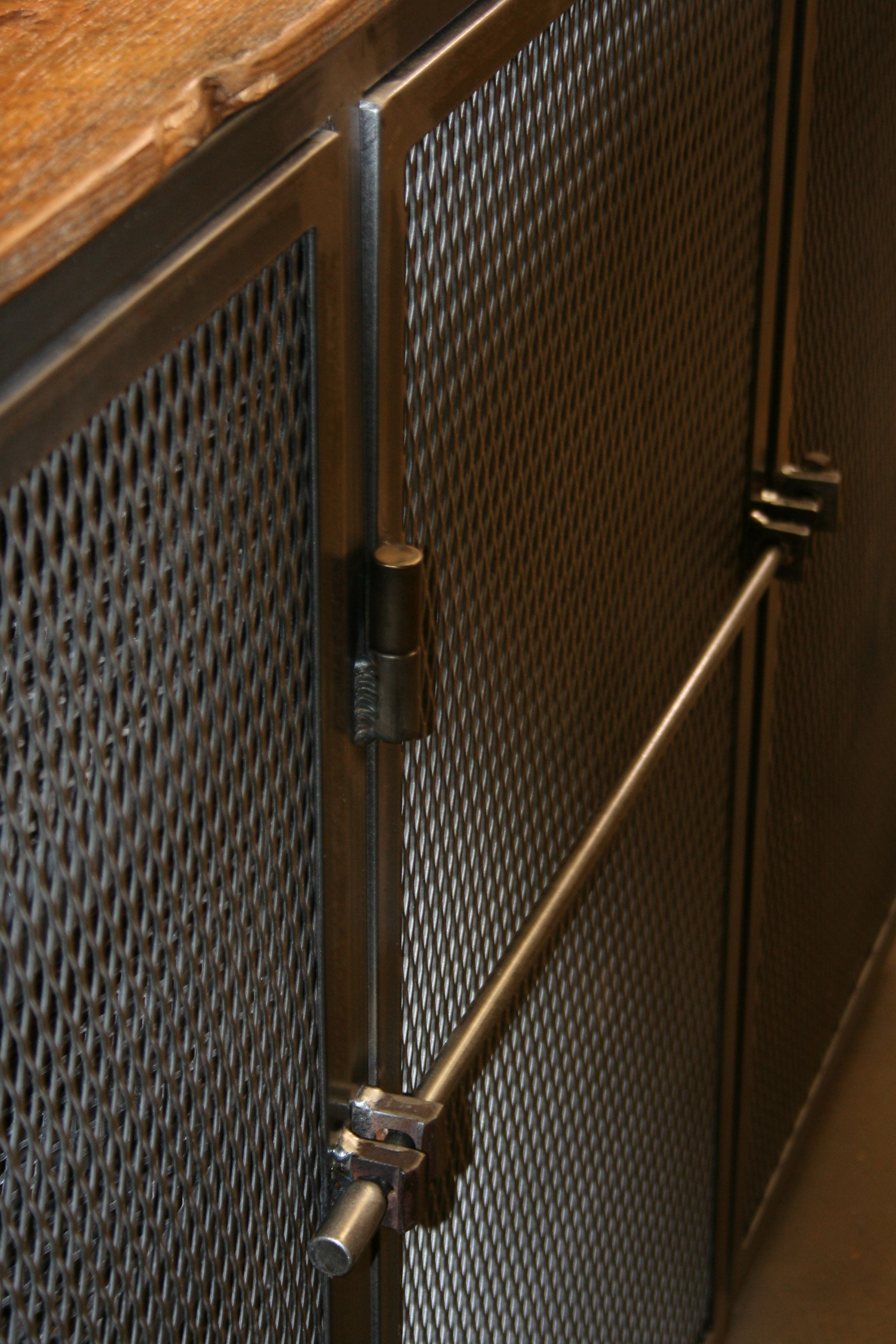 Pin By Metal Fred On All Steel Pieces Metal Door Perforated Metal Expanded Metal