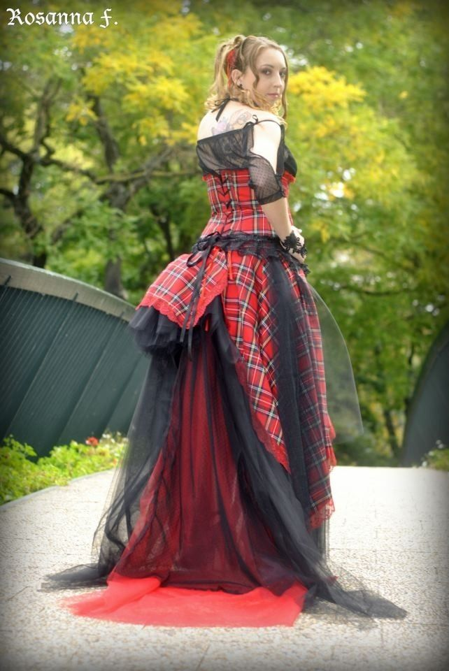 Robe tartan rouge noir