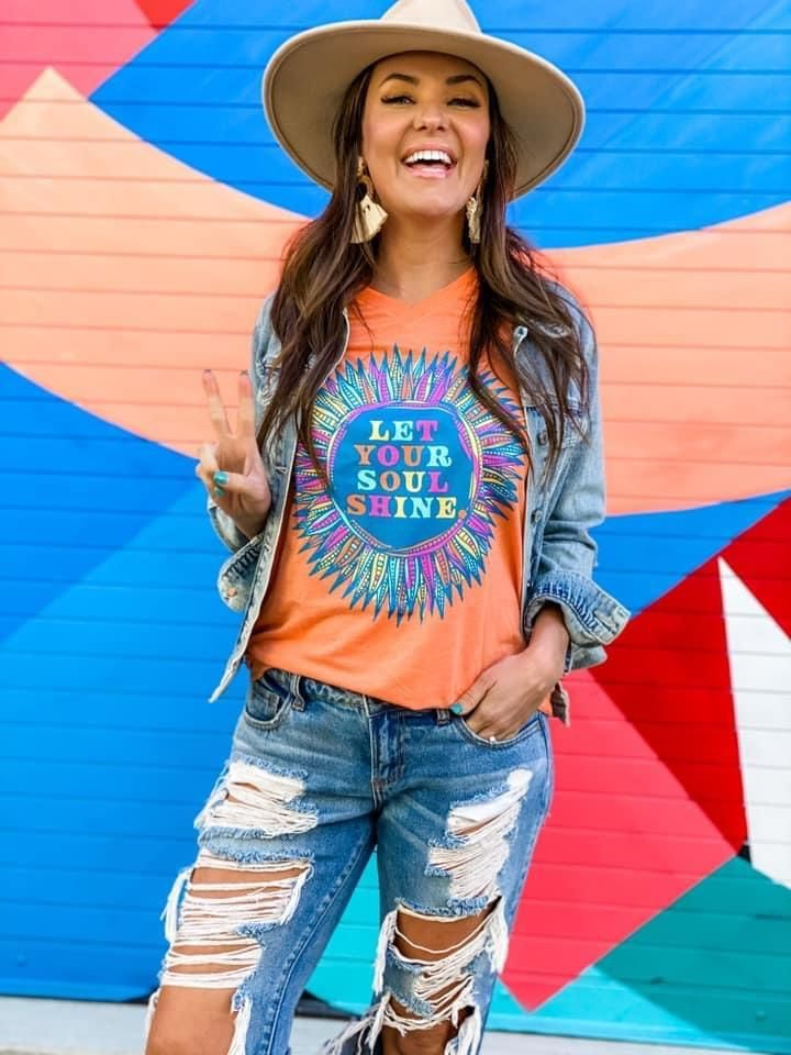 Let Your Soul Shine Graphic Tee - Large