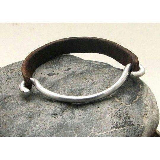 #leatherbracelets www.bonanza.com/booths/Atelye