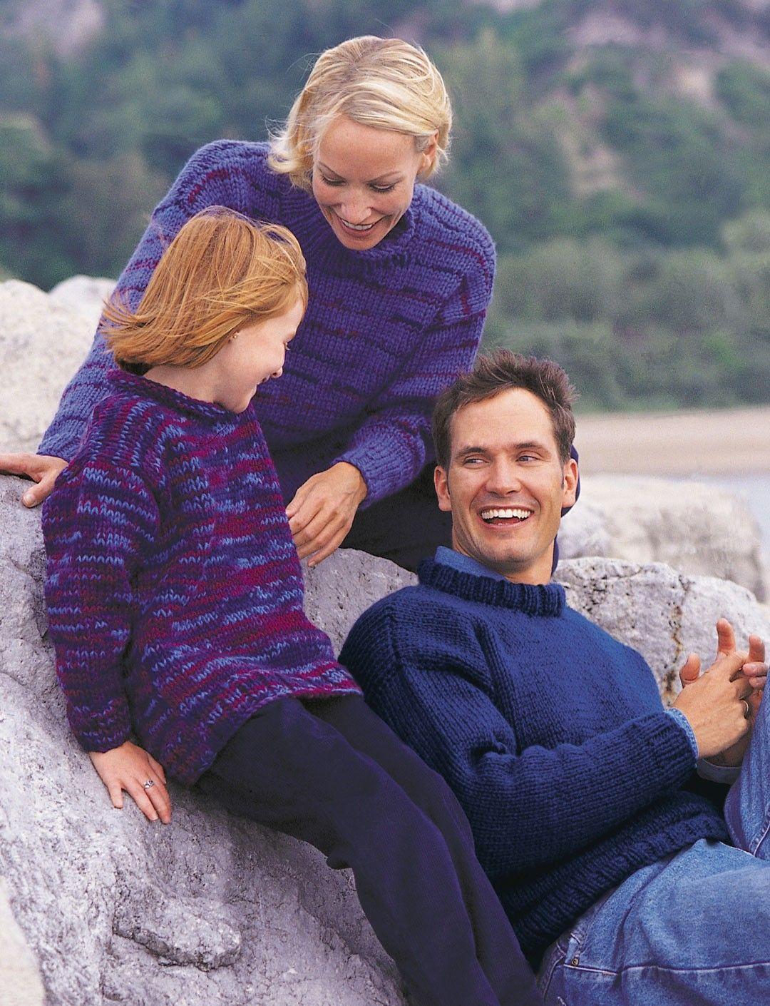 e596f913c Yarnspirations.com - Patons Big-Stitch Pullover (child) - Patterns ...