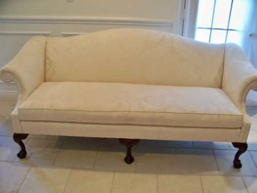 Loveseat Sofa Settee S Carved Legs