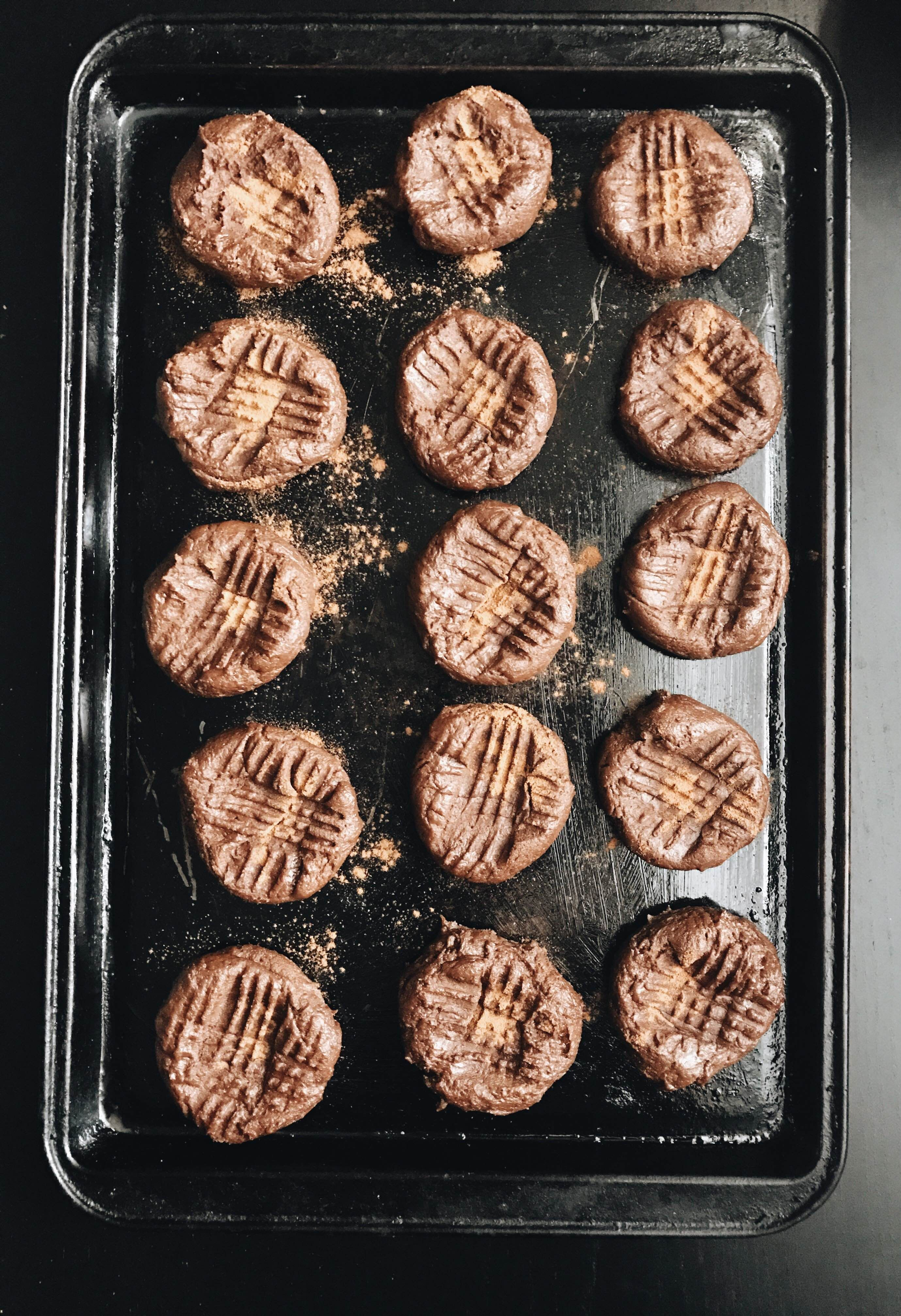 Incredibly Easy 6-Ingredient, One-Bowl Mexican Chocolate Peanut Butter Cookies