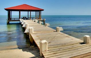 traversbelize.com - The Maine Stay - Vacation Beach Rentals