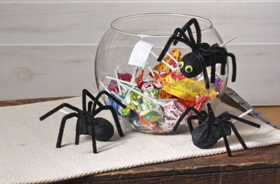 Spider Pops with Pipe Cleaners : Factory Direct Craft Blog