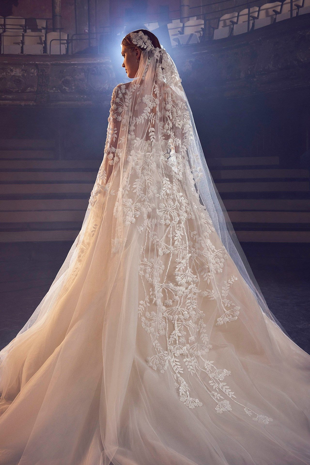 Braut kollektion Elie Saab Herbst 17: couture-traum  Gelinlik