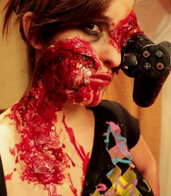 Gruesome Gamer Girl Looks | Scary halloween, Halloween makeup and ...