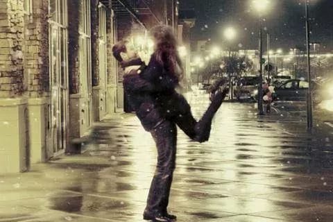 Ученые выяснили, как парам вернуть страстные отношения . Все ... | 320x480