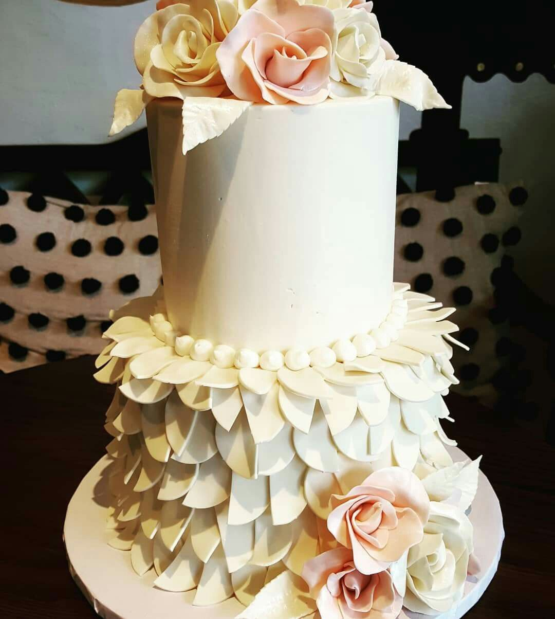 Homemade wedding decoration ideas  CuteLittleWeddingCake FabulousCakeGirls FernandaIsAWESOME