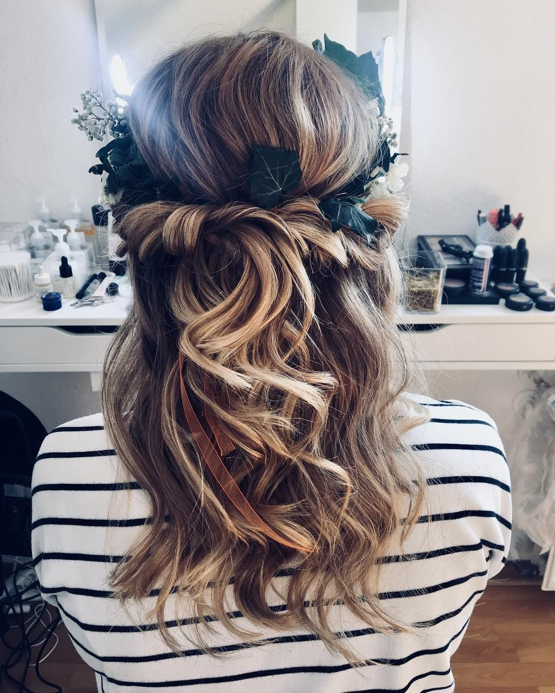 Gorgeous half up half down wedding hairstyle ideas