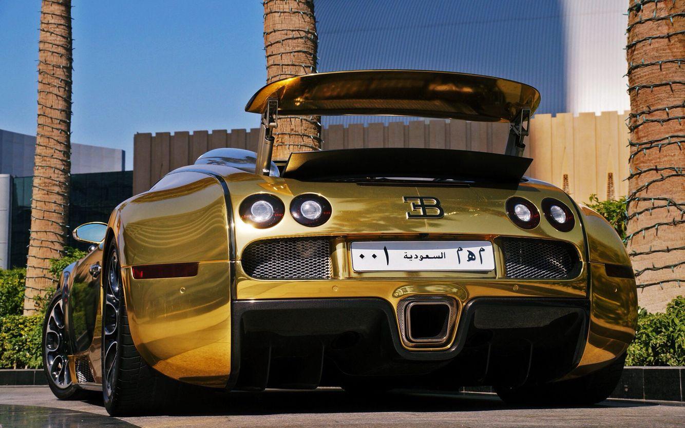 golden bugatti veyron grand sport from saudi arabia super cars pinterest bugatti veyron. Black Bedroom Furniture Sets. Home Design Ideas