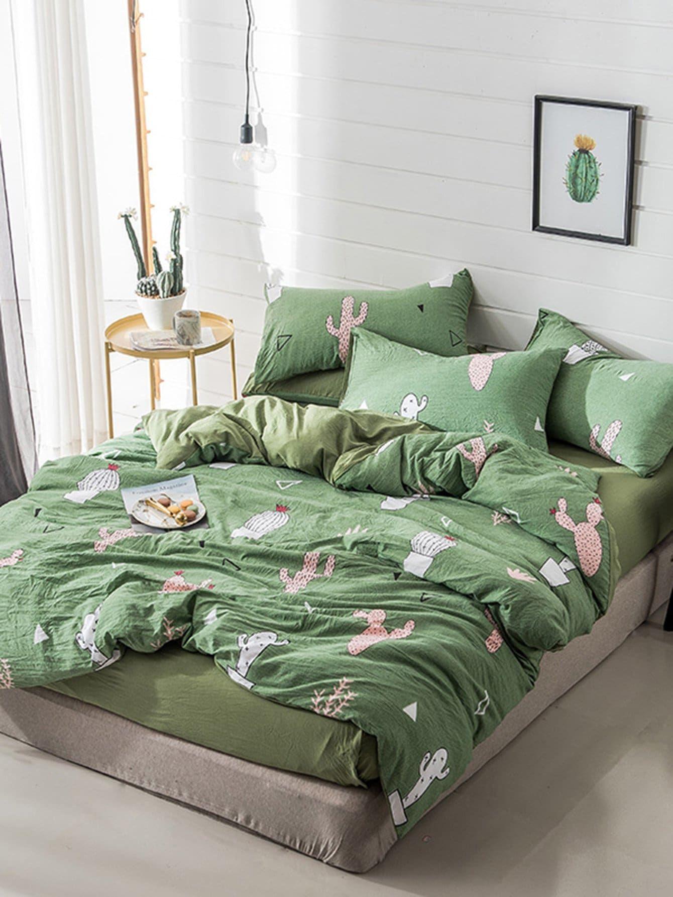 Cactus & Geometric Print Sheet Set SHEIN Green bed