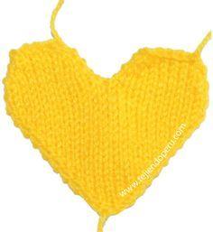 corazones de San Valentin en dos agujas o palillo - knitted Valentine's hearts