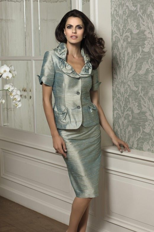 Wedding Dresses for Older Women   Older women, Wedding outfits and ...