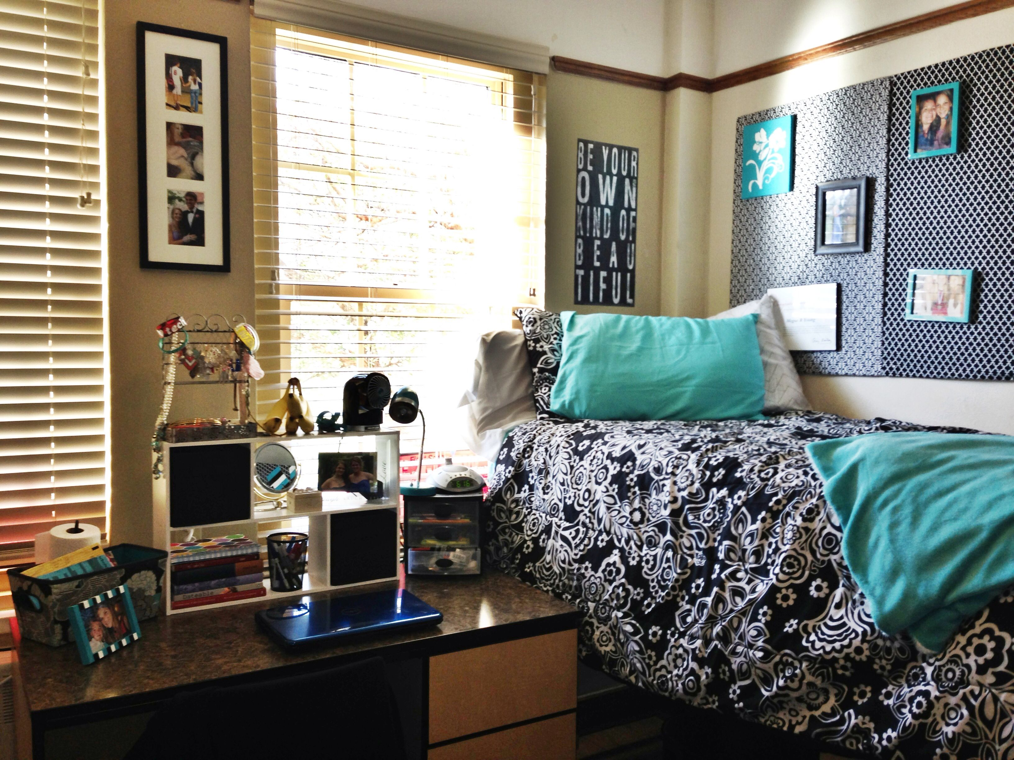 18 best bledsoe hall sneed hall images on pinterest dorm room 3 turquoise dorm room at texas tech i used cardboard posters from walmart and wrapped them