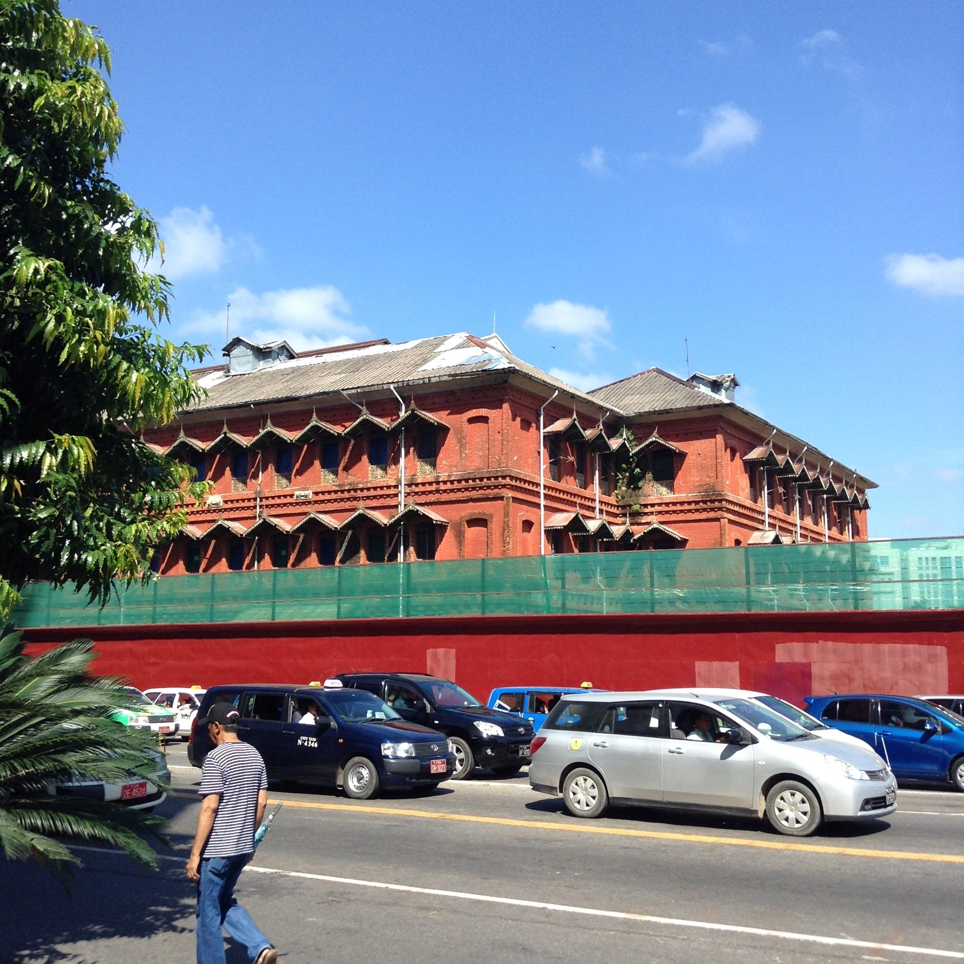 Some grand architecture in Yangon. (With images) | House ...