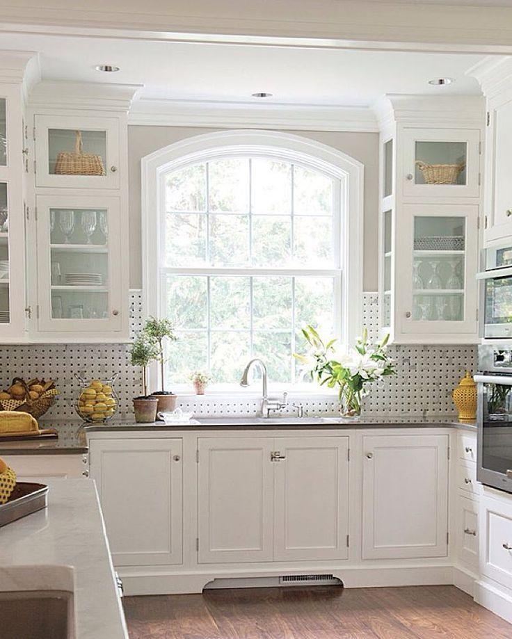 25 Absolutely Gorgeous Transitional Style Kitchen Ideas: Beautiful Kitchen Window Above Sink Best 25 Kitchen Sink