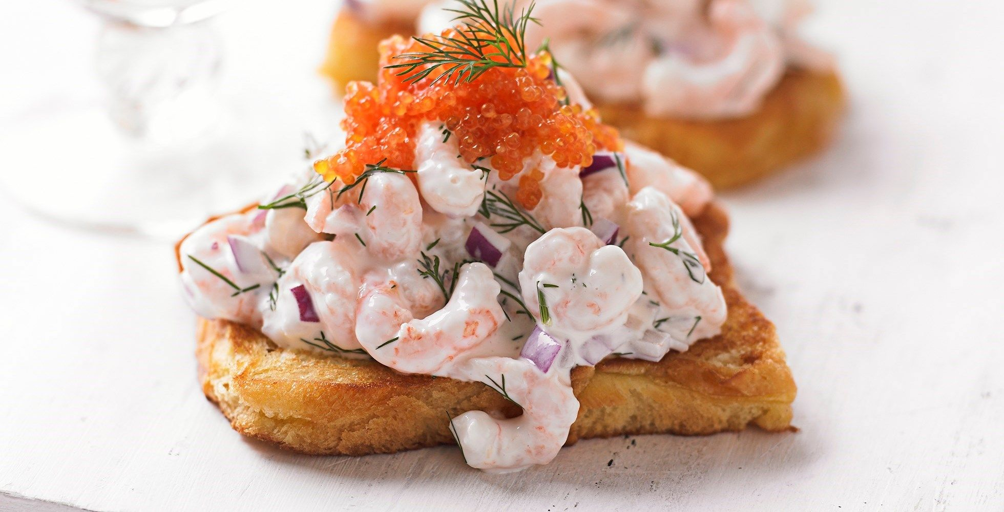 Easy Scandinavian Recipes For Midsummer Recipe Scandinavian Food Prawn Cocktail Recipes
