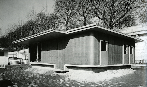 """Jean Prouvé's """"House of Better Days"""" Stylish House for the Homeless 1956"""
