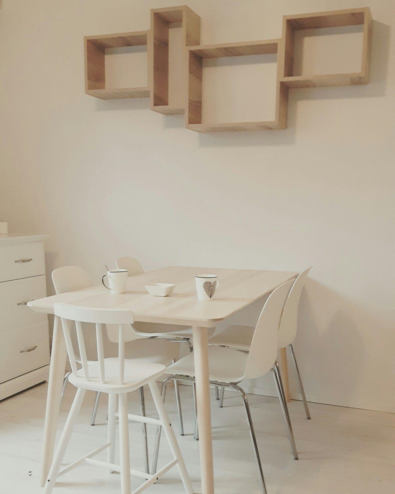 laatikkohyllyt futuro keitti t tilauksesta p yt ikea lisabo tuolit ikea wohnung. Black Bedroom Furniture Sets. Home Design Ideas