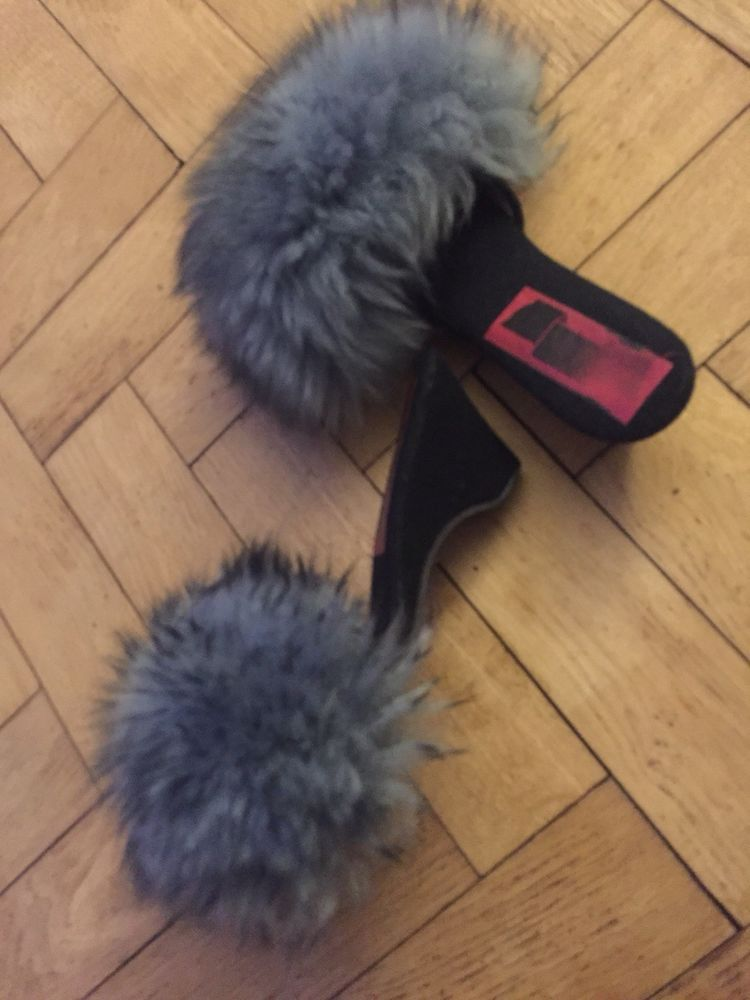 a6012f2fee69e1 Vintage retro fluffy mule slippers