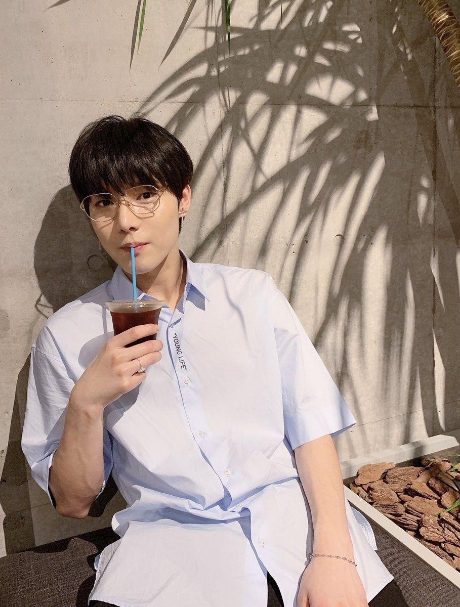 Happy Birthday to ONEWE's Jin Yonghoon