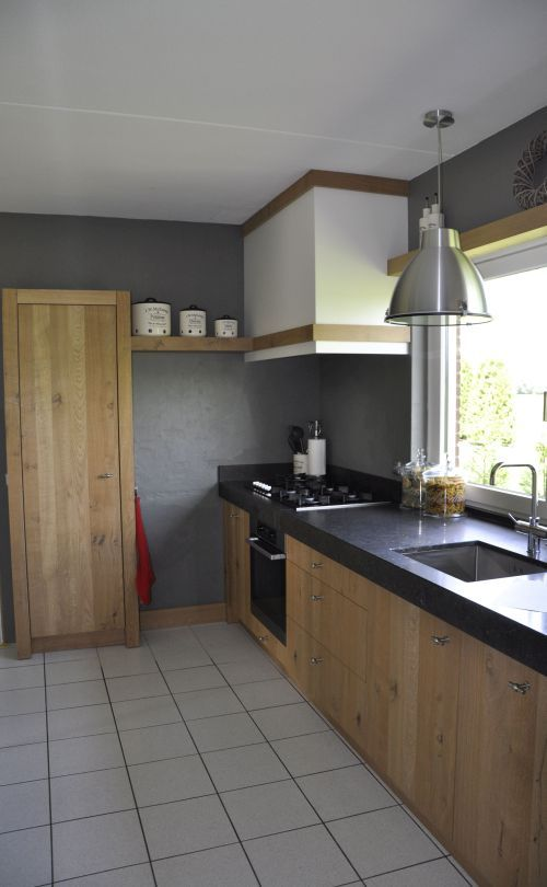 VRI interieur landelijke keuken modern fijn bezaagd rustiek eiken ...