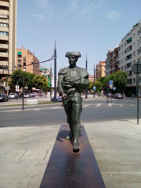 Frascuelo por Ramiro Megias Donada a la ciudad por acisa y concentra