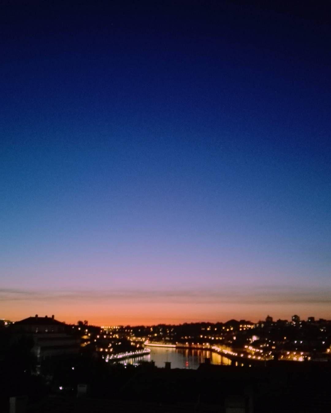 """"""" e eu sempre pensei que te iria ver onde a nossa varanda teria vista mais bonita para o Douro"""" #Landscape #view #sky #nature #peace #douro #photography #pride #lgbt #noh8 #nofilters #myphoto #oporto #clouds #goodvibes #chill #virtudes #oporto #portugal #lights #sunset #river #trees #orangesky #pinksky #bluesky #purplesky by catarinapitrezfotografia"""
