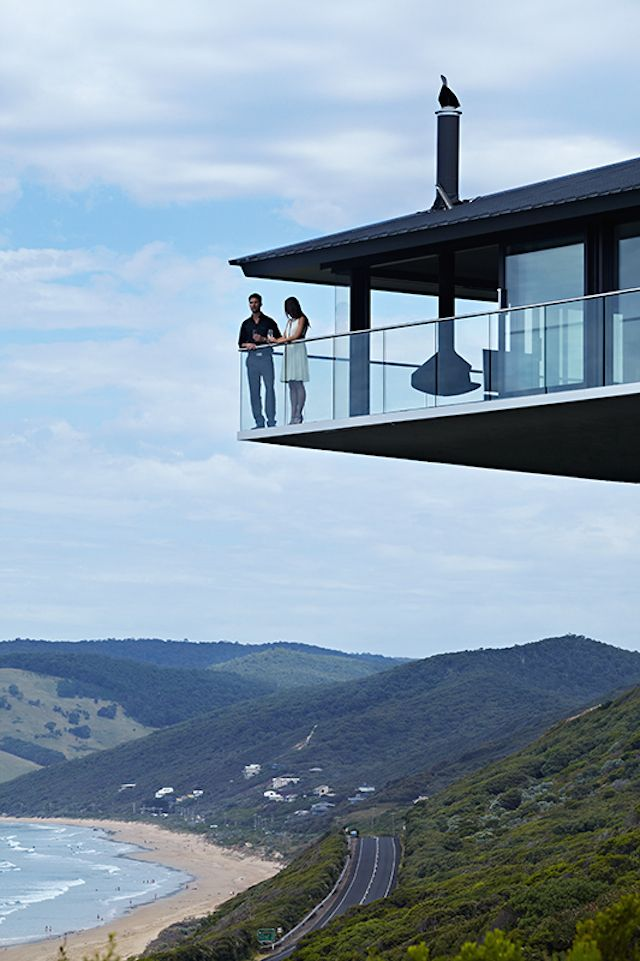 6 amazing coastal cliff house designs for your inspiration for Amazing house designs australia