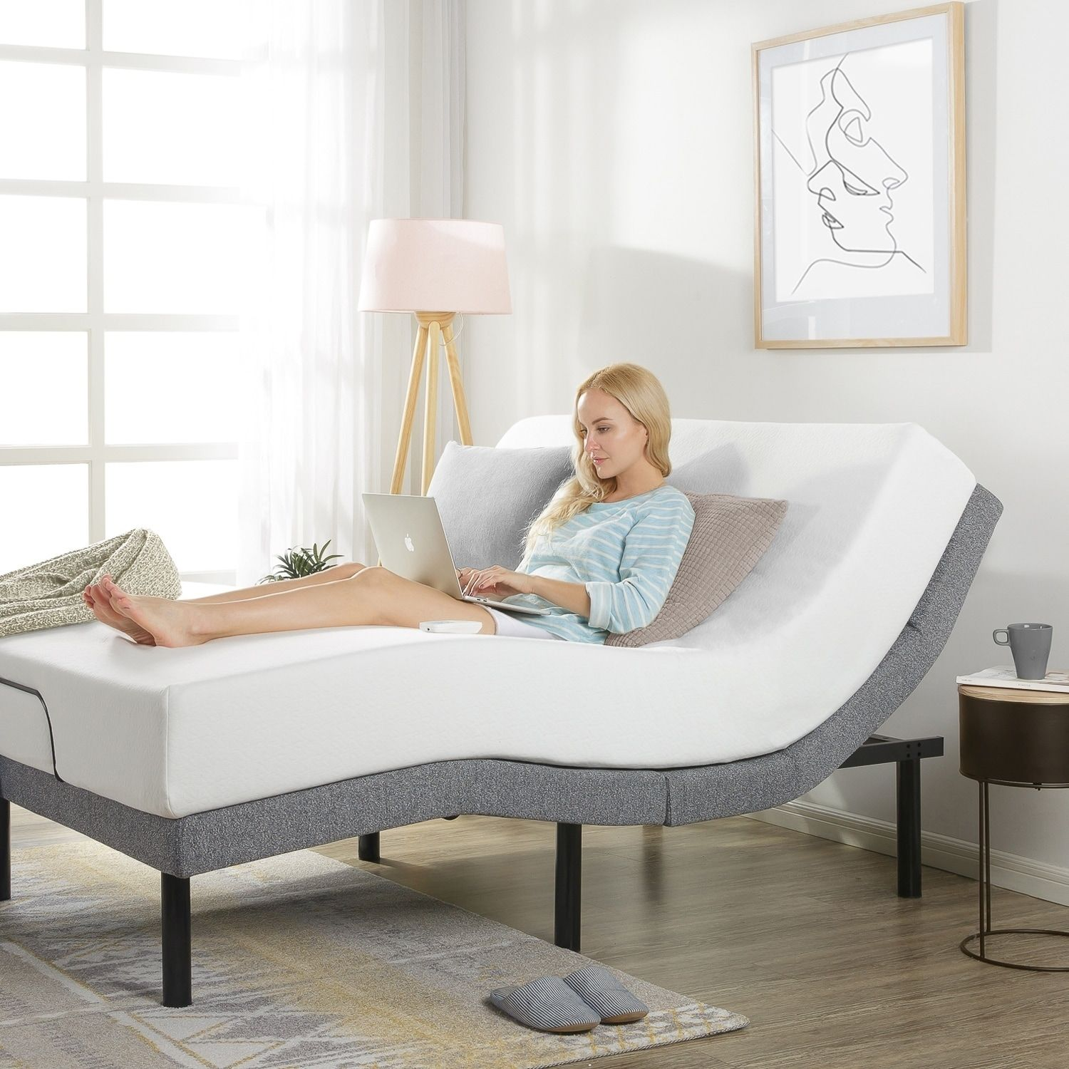 Adjustable Bed Base with Added Head Tilt/Wireless Remote