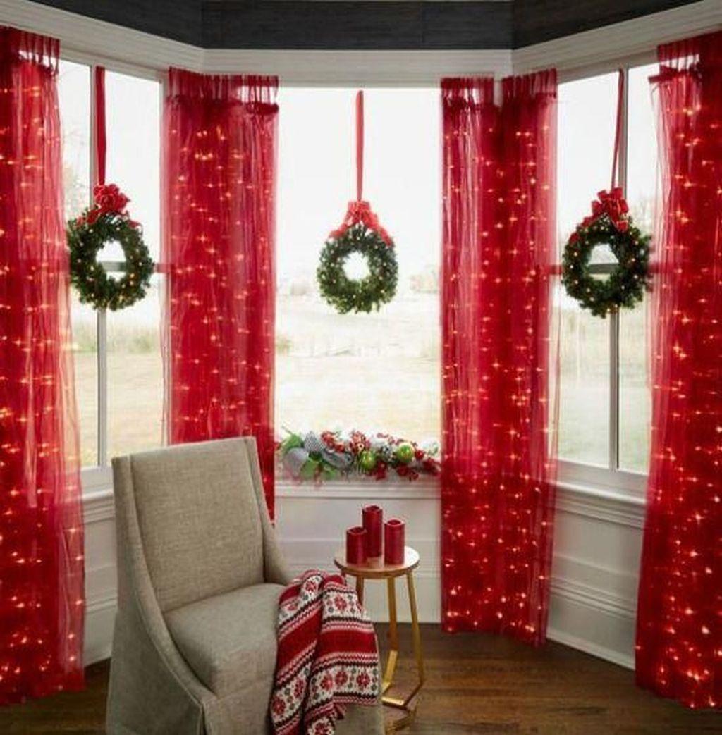 Nice 46 Stunning Indoor Christmas Decorations Ideas Source Link Https Decortutor Christmas Window Decorations Indoor Christmas Indoor Christmas Decorations