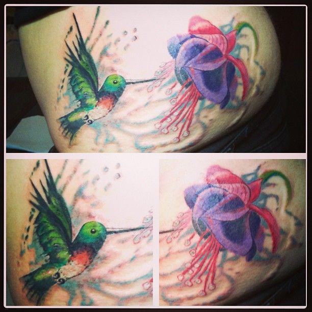 Hummingbird And Fuschia Tattoo Tattoos Hummingbird Tattoo Flower Tattoo Designs