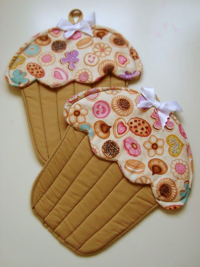Agarradores de cocina con forma de cupcake patchwork - Manualidades para cocina ...