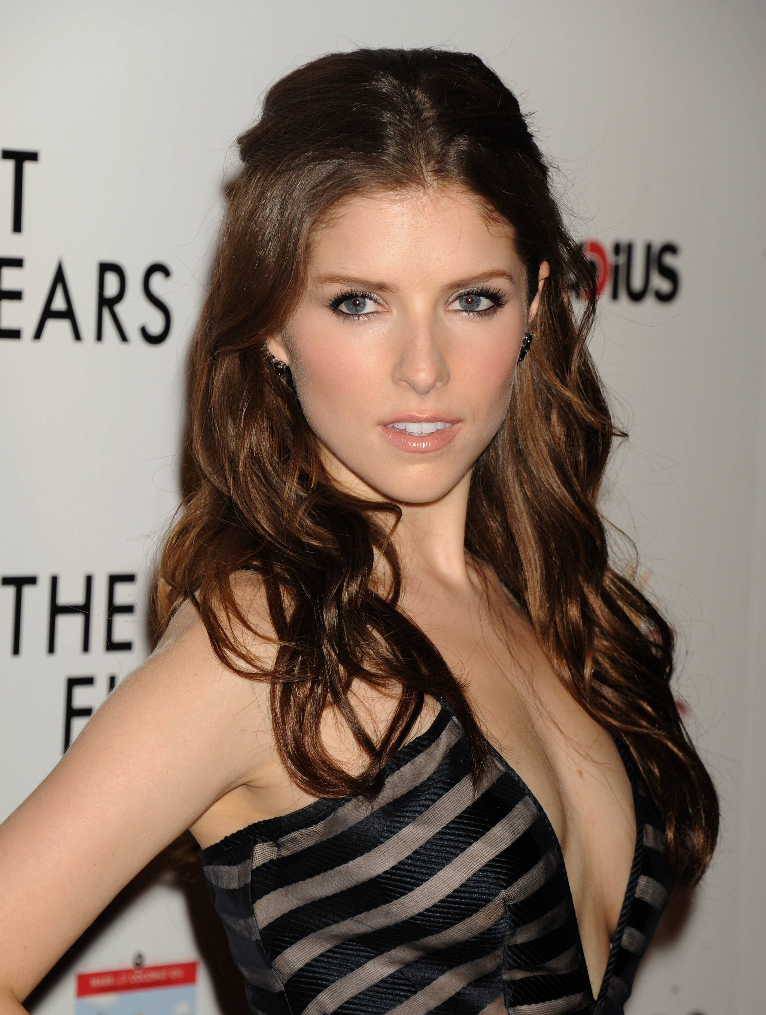 Anna kendrick for smartphone ololoshka pinterest anna kendrick anna kendrick for smartphone voltagebd Image collections