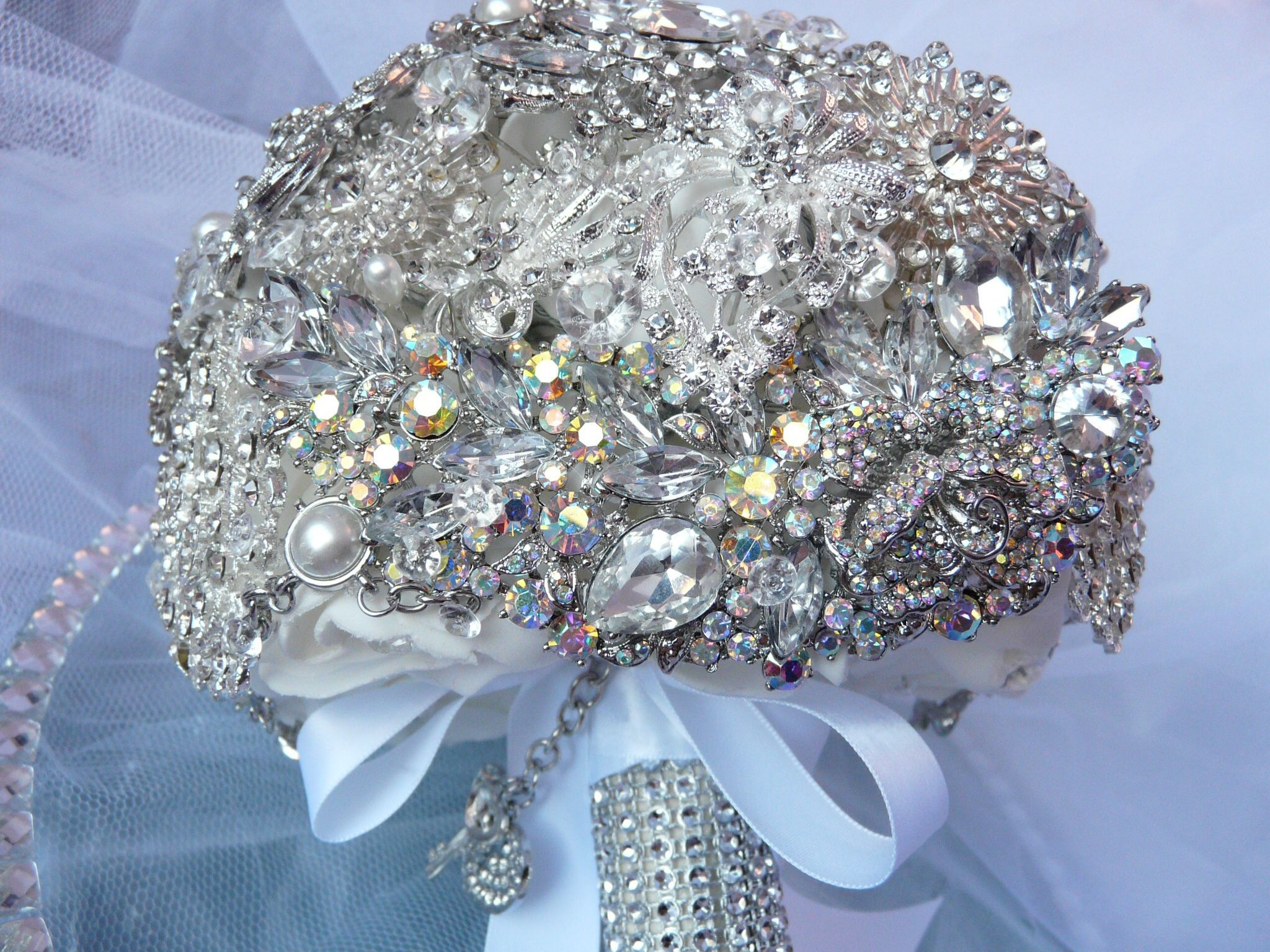 Full Brooch Bouquet (With images) Brooch bouquets