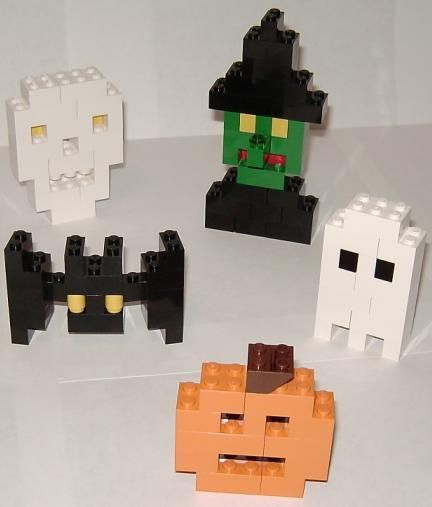 Instructions for Halloween Lego sculptures--I use these every year ...