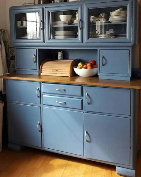 Pin By Iwona Ko Ka On Dekoracje Do Domu In 2020 Distressed Furniture Diy Furniture Makeover Retro Kitchen
