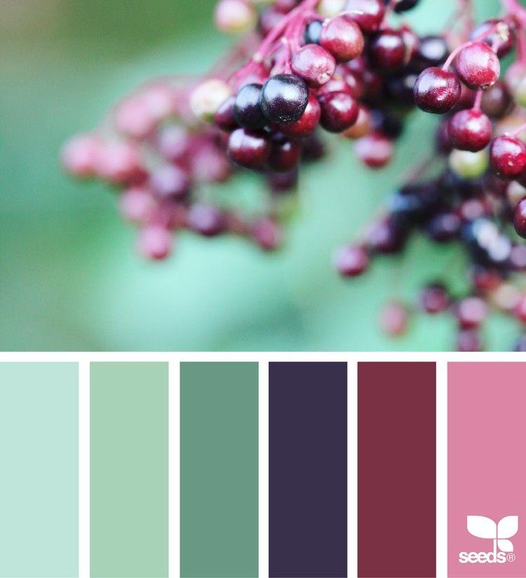 Farbe Puderrosa Richtig Kombinieren: Beerentöne Als Beliebter Modetrend In Jeder Jahreszeit