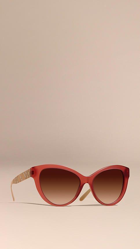 66c4f20d3 Vermelho Óculos de sol com armação gatinho em xadrez 3D Vermelho - Imagem 1