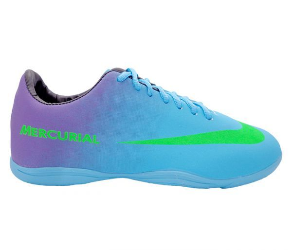 9728d6ad2 Chuteira Futsal Nike Mercurial Roxo e Azul Bebê - Cabedal confeccionado em  material sintético. Conta
