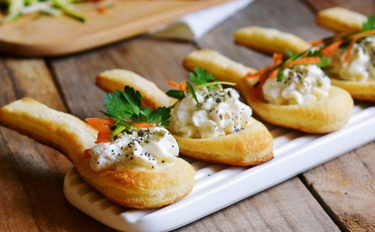 Antipasti Di Natale Finger Food.25 Antipasti Facili E Sfiziosi Per I Pranzi Delle Feste Di Natale Food Finger Food Appetizers Finger Foods